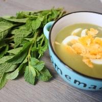Sopa de hortelã e ovo